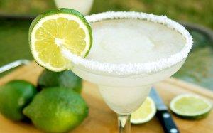 margarita spiked drink